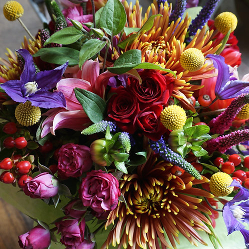 Vibrant autumn bouquet