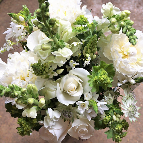 Classic white bouquet. prices from -