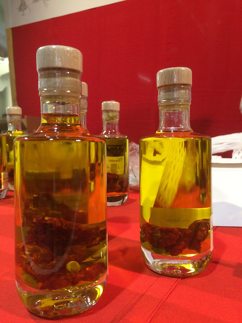 Extra Virgin Olive Oil with dried tomatoes & capparis - 200ml