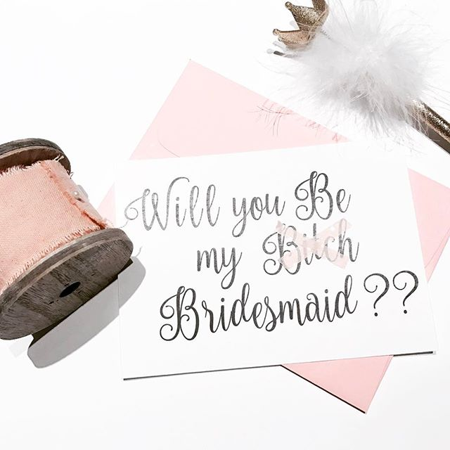 #Bride to Be! 😂👰🏽👰🏽👰🏽#bridesmaids #bridalparty #weddingparty #stationary #weddinginvitations