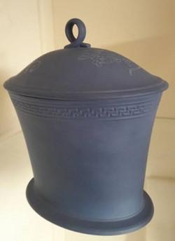 Wedgwood Pot