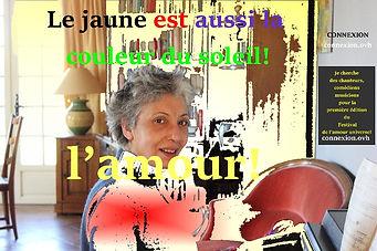 mona jaune amour 966x643.jpg