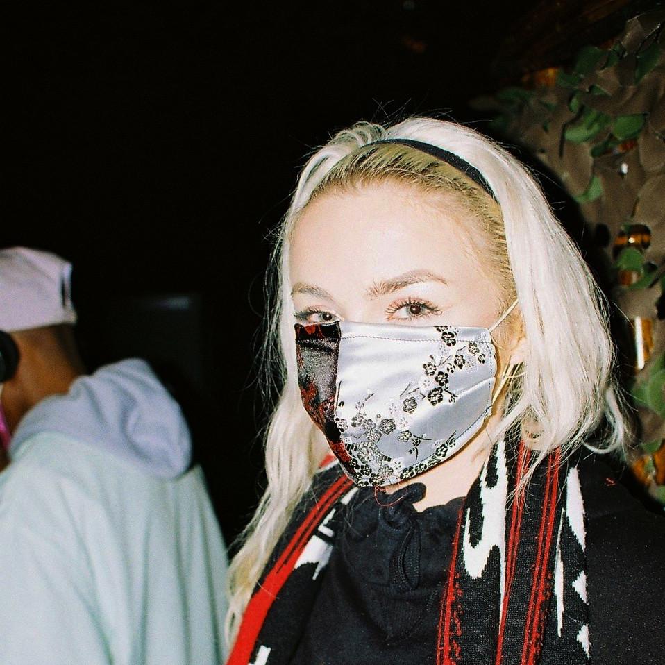 L U C Y Mask