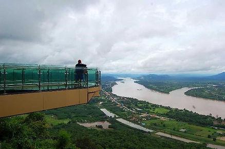 visite-thailande-skywalk-nongkhai.jpg