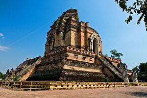 wat chedi luang chiang mai - thailande vacance