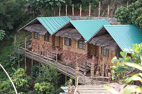 akha mud house 1.jpg