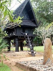 maison noire 3.jpg