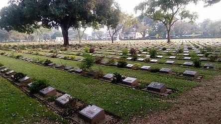 cimetière kanchanaburi - thailande vacance