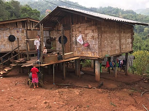 maison traditionnlle tribu lahu - conseils voyage thailande