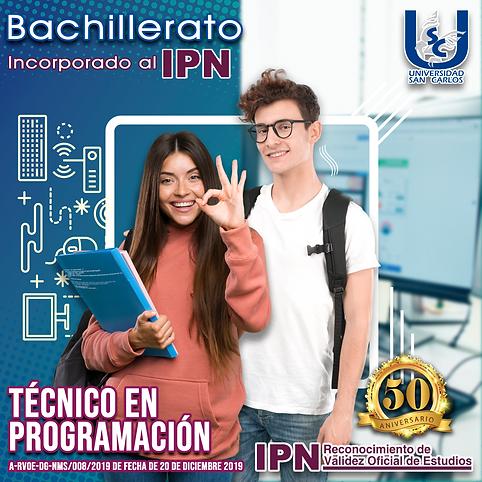 Jovenes estudiantes de bachillerato preparatoria en programación.