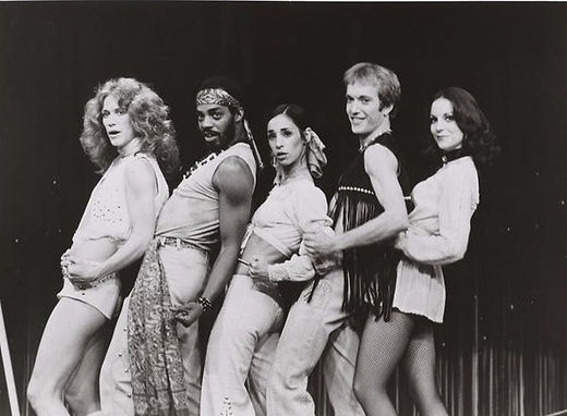 Marilyn Chambers and the cast of Le Bellybutton, 1976