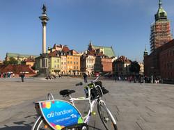 趴趴坐腳踏車兒童坐椅在華沙,破爛