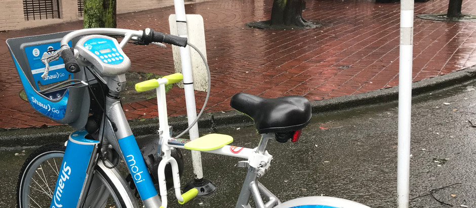 趴趴坐腳踏車兒童座椅到了加拿大溫哥華