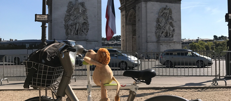 趴趴坐腳踏車兒童座椅法國巴黎