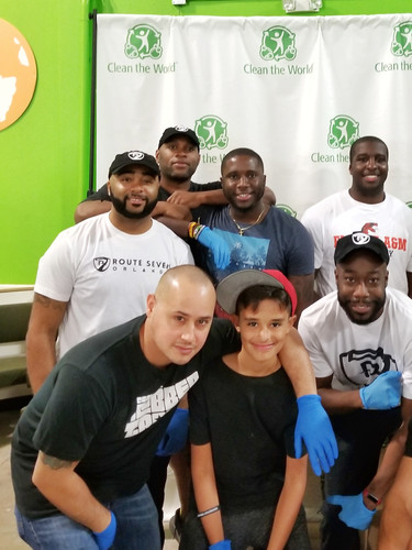Service Project at Clean the World