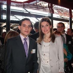 Robert Ferrer with Doña Letizia Ortíz, currently the Queen of Spain. Museo Nacional Centro de Arte Reina Sofía (Madrid), 2010.