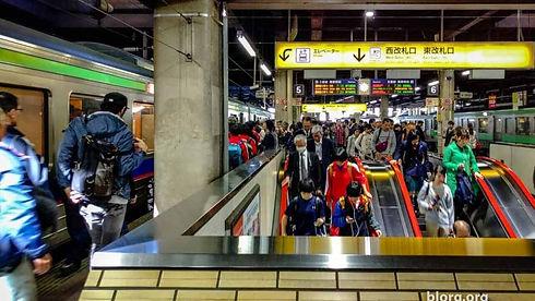 japanese-trains-6-1280x720.jpg