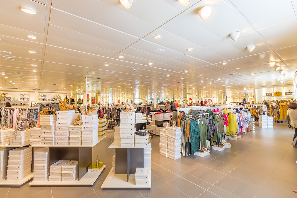 Fast fashion brand shop floor