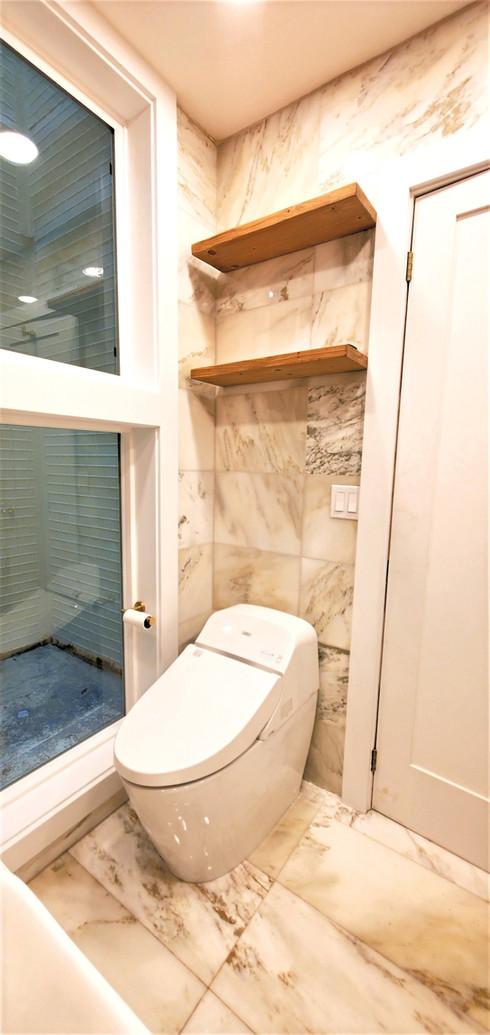SF - Main Bathroom