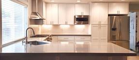 SR - White Kitchen 01