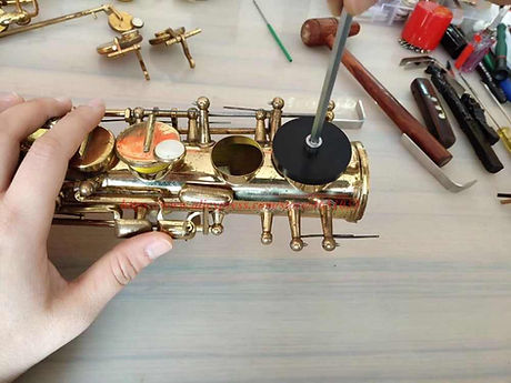 Wind-instrument-repair-tool-Saxophone-re