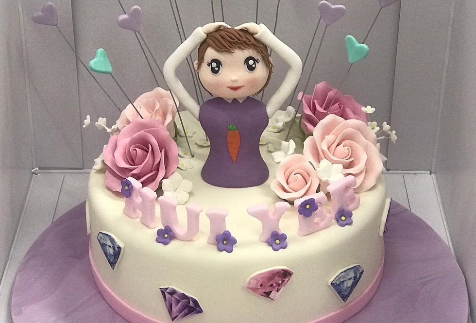FONDANT GIRL CAKE
