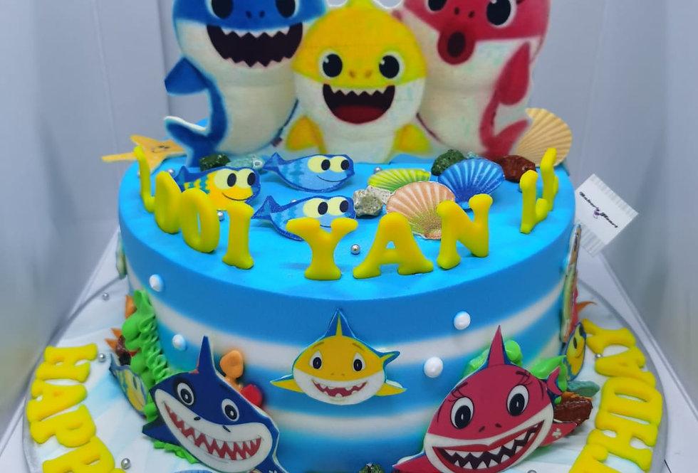 BABYSHARK CAKE