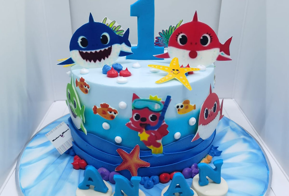 BABYSHARK CAKE 02