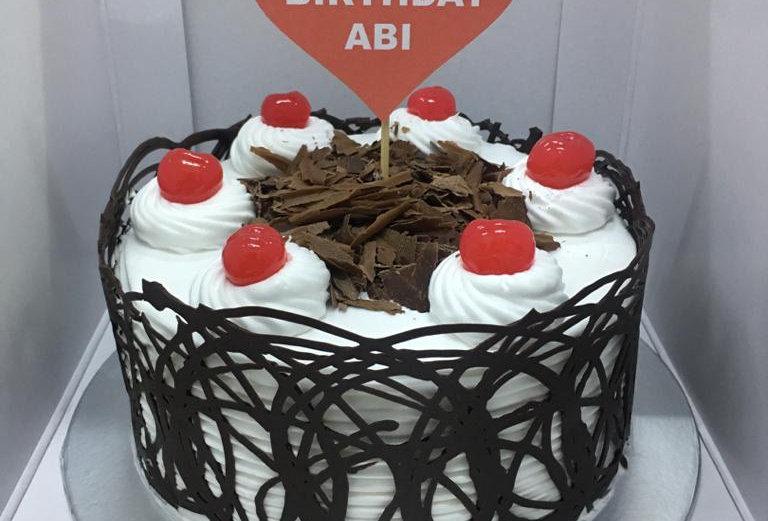 CHOCOLATE BLACKFOREST CAKE