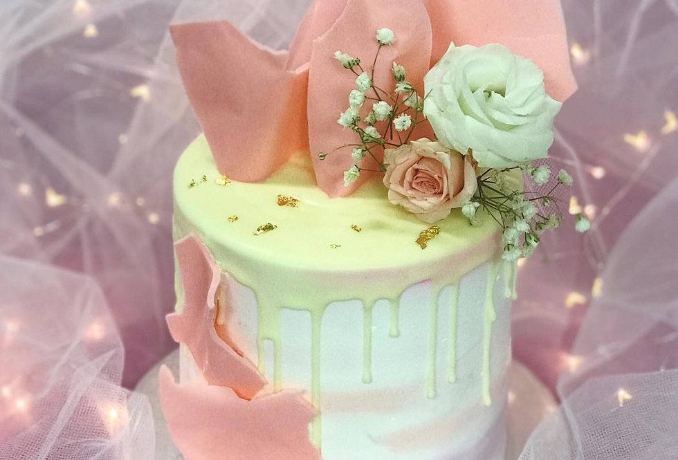 CHOCOLATE WITH FLOWER CAKE