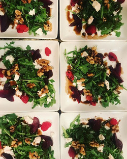 Roasted Beet•Arugula•Goat Cheese•Candied Walnut•Raspberry Balsamic_^_^_#mammothcatering #privatechef
