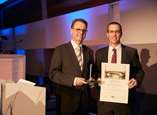 Prof Peter Boor received the Bernd Tersteegen-Award