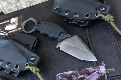 karambit with tanto blade and retention ring