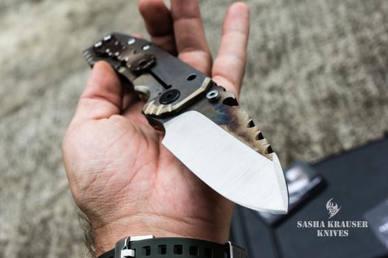 couteau pliant indestructible