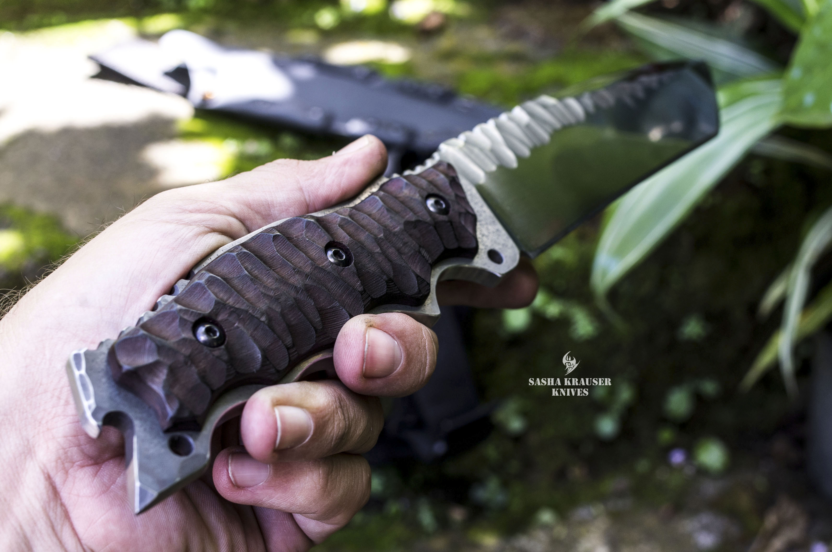 Gecko unbreakable tactical tanto