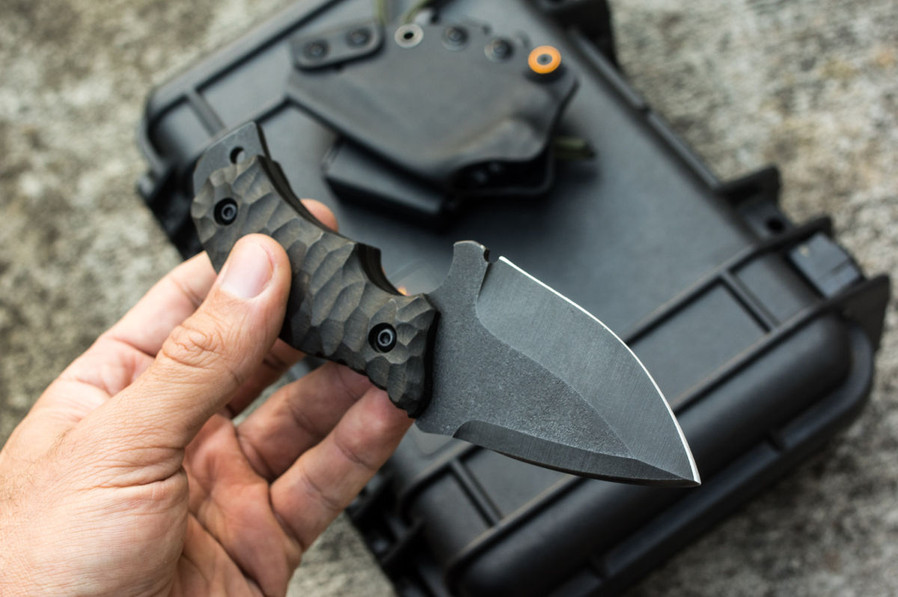 francky4fingers couteau double tranchant