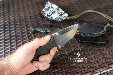 Double-edged drop-point edc knife