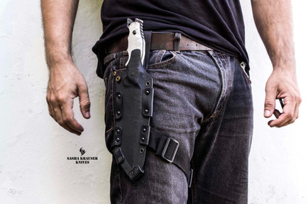 kydex sheath in leg carryvertical carry
