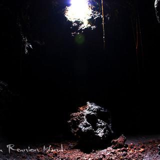 """effondrement d""""un bloc dans un tunnel de lave"""