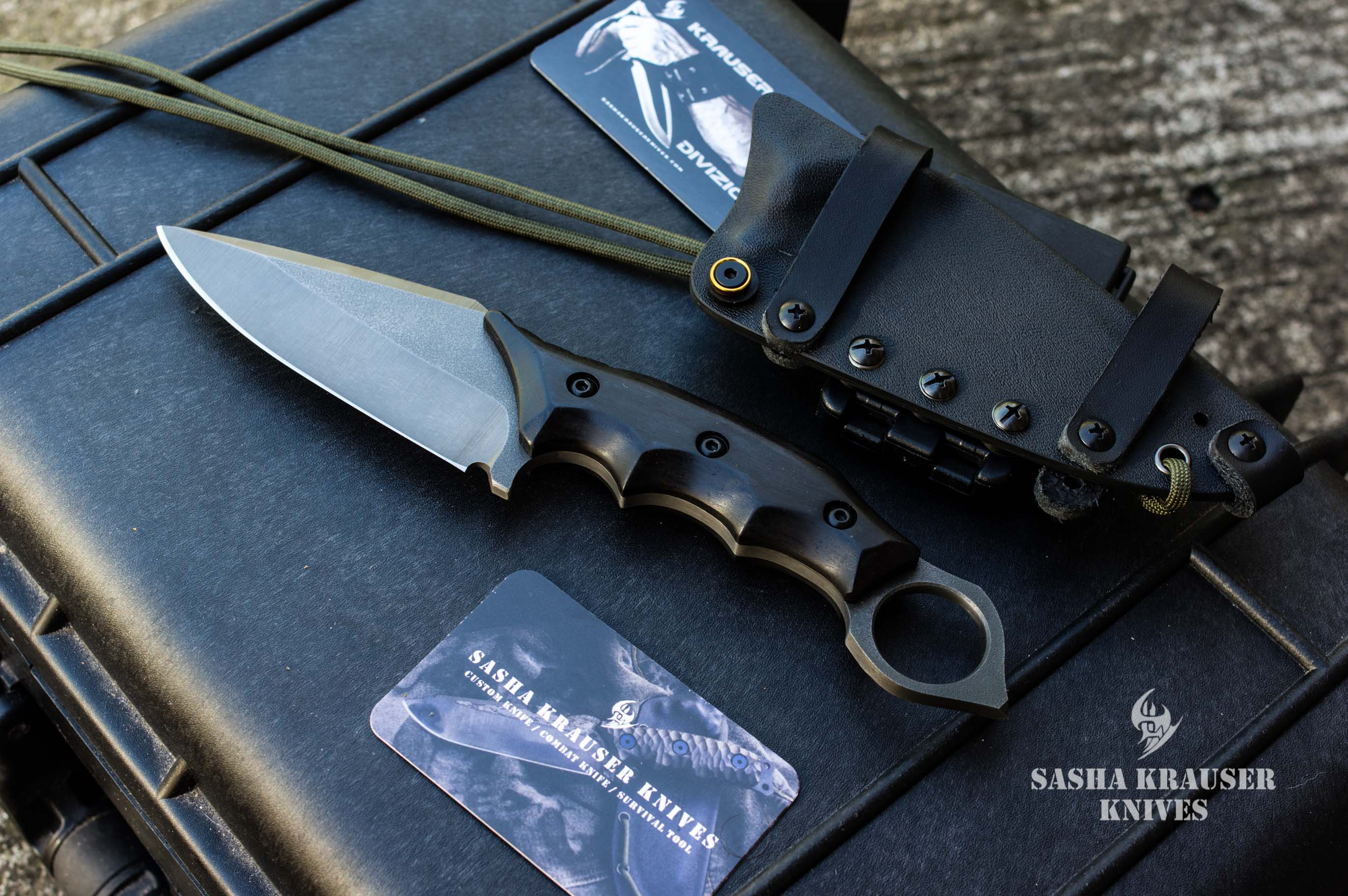 Warheart spear point karambit manche ébène