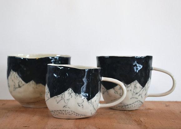 mountain mug black