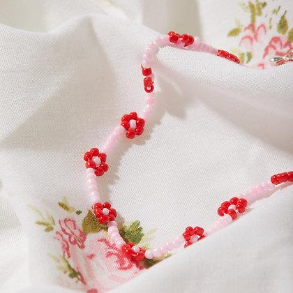 valentine daisy chain necklace
