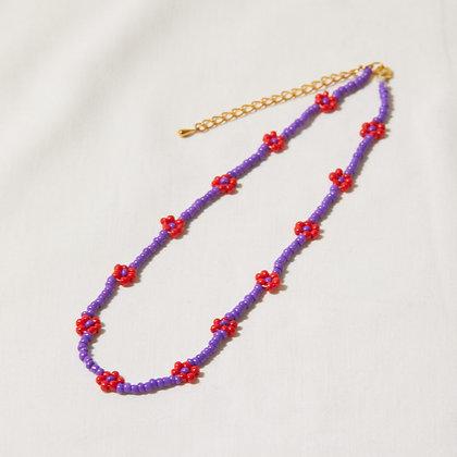 apple/grape daisy chain necklace
