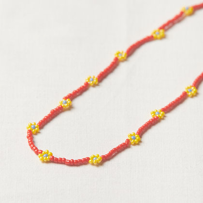 primary colors daisy chain necklace