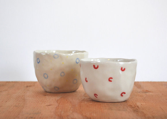tiny teacups red / blue