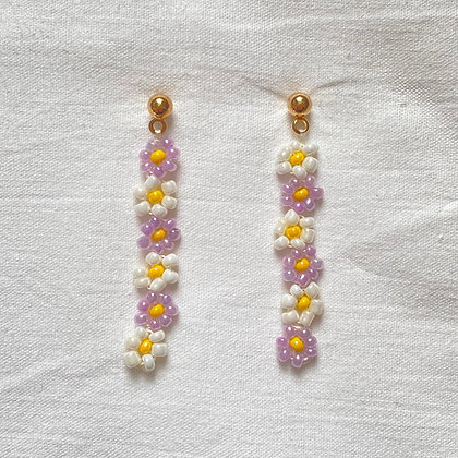 purple lotsa daisy earrings