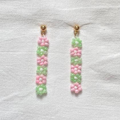 mint lotsa daisy earrings
