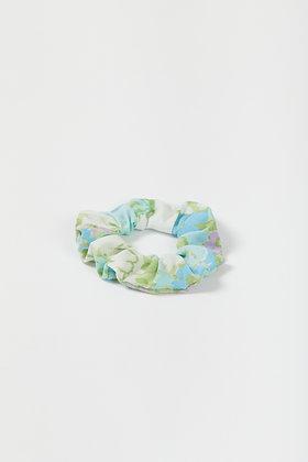 spring floral scrunchie