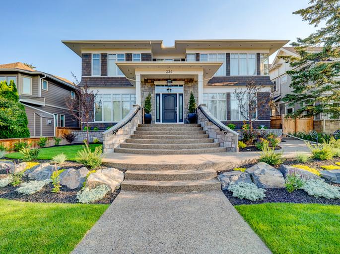 Custom home landscape 1