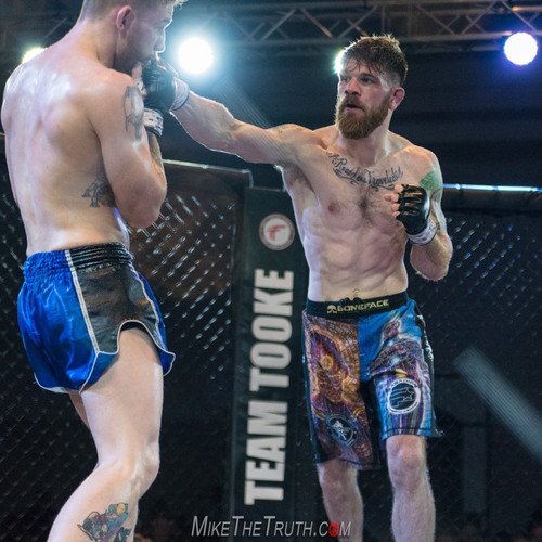 Savarese Fight FIt Colin Wright